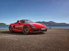 Esportivos da Porsche ficam mais radicais...  Acesse: www.concettomotors.blogspot.com.br