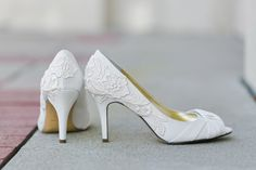 Wedding Shoes  Ivory Bridal Heels Ivory Wedding por walkinonair, $99,00
