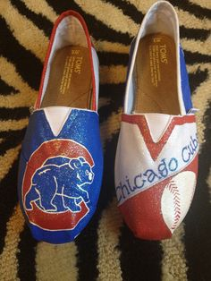 Hey, I found this really awesome Etsy listing at http://www.etsy.com/listing/130637141/chicago-cubs-toms-glitter