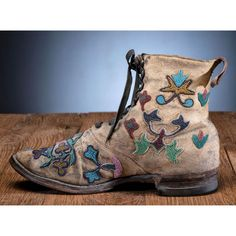 Bid Now: Santee Sioux Beaded Hide Work Boots - September 5, 0121 10:00 AM EDT Native American Moccasins, Sioux, European Fashion, Cowboy Boots, Red And White, Dark Blue, September, Floral, Pink