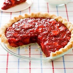 Our diner-style Icebox Strawberry Pie recipe is bound to be a winning picnic recipe!