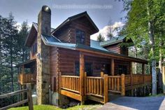 Sassy Lady Cabin Sevierville (Tennessee) Situated in Oldham, this holiday home is 7 km from Gatlinburg. The air-conditioned unit is 7 km from Pigeon Forge.  The kitchen features a dishwasher. A TV and DVD player are featured. There is a private bathroom with a hot tub.