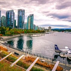Vancouver Hotels Downtown Attractions Things To Do Tourism Is The Official Source Of Tourist Information For Bc Canada