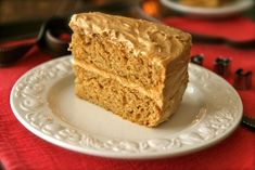 peanut butter cake....should try this with chocolate frosting