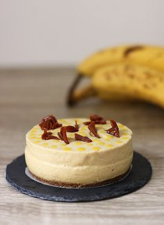 Banana, Mango and caramel cake