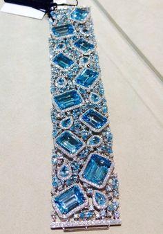 Robert Procop aqua and diamond bracelet Mom Jewelry, High Jewelry, Luxury Jewelry, Ladies Jewelry, Jewellery, Bling Bling, Aquamarine Jewelry, Fantasy Jewelry, Silver Diamonds
