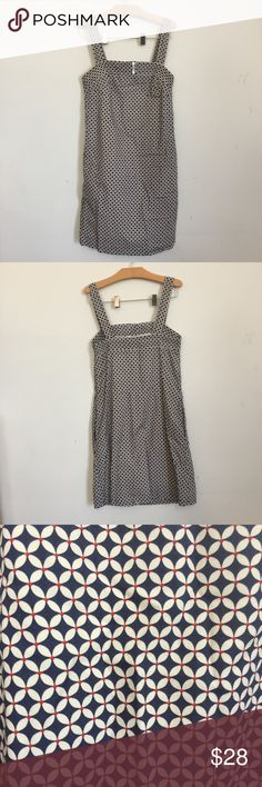 """J. Crew Printed Cotton Dress - 0 Summer is right around the corner 😁 This super cute cotton dress is white, navy and red, has thick straps, slightly ruched elastic banding at the top, pockets and faux buttons. In great condition - only flaw is clasp is missing (see pics).  Measured lying flat: Waist: 17"""" Bust: 15"""" Length: 33"""" J. Crew Dresses"""