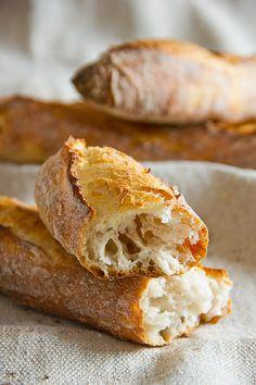 Dinkelbaguettes – Plötzblog – Rezepte rund ums Backen von Brot, Brötchen, Kuchen & Co.