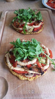 #glutenvrije #pizza met #bloemkool bodem