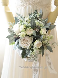 Destination Wedding Event Planning Ideas and Tips Modern Wedding Flowers, Wedding Flower Arrangements, Bridal Flowers, Floral Wedding, Wedding Colors, Floral Arrangements, Bride Bouquets, Floral Bouquets, Spring Wedding
