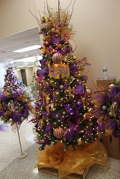 The LSU tree Oh yeah! I'm loving this to the moon and back