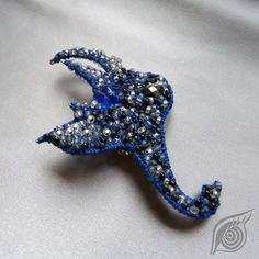 brooch Ile lincoln; nycrame; by Nady