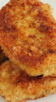 Breaded Pork Chops Recipe ~ The most juicy slice of pork chops you can imagine!