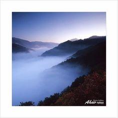 Hasselblad 503CW / cf150mm / Fuji RVP / Film scan..#운해 #주왕산#중형카메라#중형필름 #6x6film #landscape