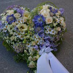111 Funeral Flower Arrangements, Funeral Flowers, Bridal Shower Wreaths, Casket Sprays, Grave Decorations, Funeral Tributes, Sympathy Flowers, Romantic Flowers, Flower Boxes
