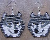 Grey Wolf Head Earrings Hand Made Seed Beaded Beaded Earrings Patterns, Seed Bead Patterns, Seed Bead Earrings, Beading Patterns, Peler Beads, Native Beadwork, Bead Loom Bracelets, Handmade Beaded Jewelry, Beaded Animals