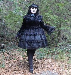 Beautiful Plus Sized Lolitas, mszombi: Saikai no Chi to Bara vibes Fat Fashion, Curvy Girl Fashion, Gothic Lolita Fashion, Gothic Outfits, Estilo Lolita, Plus Size Summer Outfit, Plus Size Fashion Tips, Harajuku Fashion, Alter