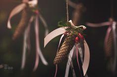 Cones as a wedding decoration. Forest wedding by Klara Uhlirova