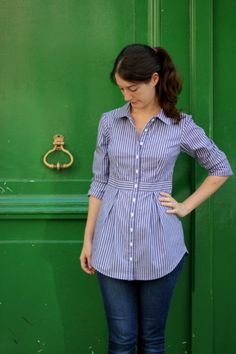 I tested the new pattern by Deer&Doe, the Bruyère Shirt. I made it in a striped cotton to make all the lines stand out. I love the way that this shirt is fitted at the waist, and the pleats in the skirt front and back Umgestaltete Shirts, Sewing Shirts, Sewing Men, Kurta Designs, Blouse Designs, Dame Chic, Hijab Fashion, Fashion Dresses, Shirt Refashion