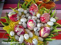 Πασχαλινά αυγά με Βερνίκι νυχιών - Γιαγιά Μαίρη Εν Δράσει Greek Recipes, Easter Recipes, Easter Crafts, Happy Easter, Easter Eggs, Upcycle, Cooking Recipes, Food, Organising