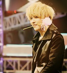 Kris EXO M I know I pinned this, but I feel this one is better quality. #husband