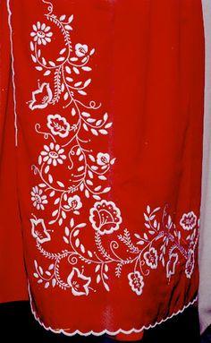 Region kujawski Folk Embroidery, Embroidery Designs, Designer Punjabi Suits Patiala, Folk Clothing, Wedding Accessories, Poland, Ink, Beads, Folklore