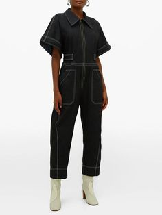 5 Sustainable Denim Brands Making Responsible Jeans Look Good Jumpsuit Outfit, Denim Jumpsuit, Black Jumpsuit, Bleu Indigo, Boiler Suit, Denim Branding, Playsuit Romper, Recycled Denim, Matches Fashion