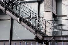 Industrietreppe in Göttingen. #treppe Designer, Blinds, Curtains, Home Decor, Photo Studio, Stairs, Architecture, Photo Illustration, House Blinds