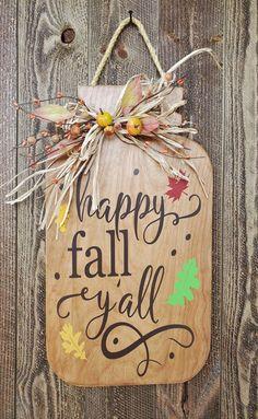 Holiday Centerpieces, Fall Decorations, Seasonal Decor, Mason Jar Crafts, Mason Jars, Outdoor Fall Wreaths, Fall Wood Crafts, Diy Crafts, Wreath Fall