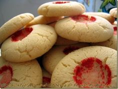 Chinese Almond Cookies - copyright House of Annie
