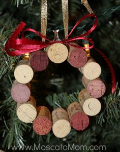 Wine cork Christmas ornament idea.  Take wine corks from special occasions or from wines served at past holidays to make it more meaningful.
