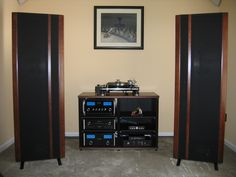 I would trade my Diezel rig and 7 guitars for this unbelievable Magnepan 3.7 and McIntosh rig.