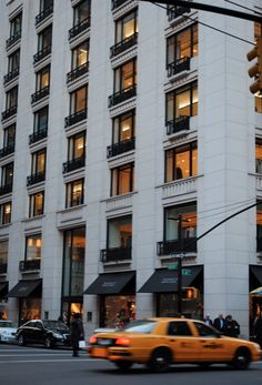 Hellllooo Barneys New York #newyork, #NYC, #pinsland, https://apps.facebook.com/yangutu