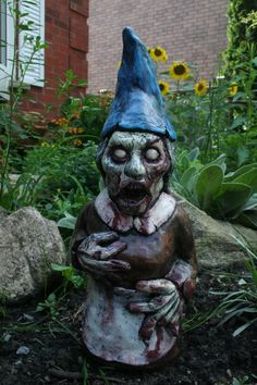 Merveilleux Zombie Garden Gnome, Zombie Trädgårdstomte | GaRdeNs OF EaRthLy DeLiGHtS |  Pinterest | Gnomes And Gardens