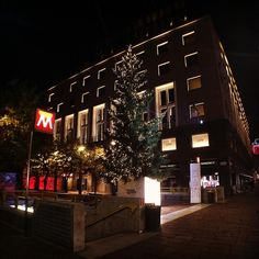 < Buon giorno dell'Immacolata > #Milano #milanobynight #igersmilano #igerslombardia #igersitalia #volgolombardia #volgomilano #top_milano_photo #top_lombardia_photo #bestlombardiapics #whywelovemilano #vivomilano #loves_milano #loves_united_lombardia #milano_forever #milanodavedere #milanodavivere #viamontenapoleone #luci #street #bestlombardiapics #visitmilano #vsco #vscocam #instaitalia #italia365 #armani by pope_art