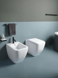 """Wc senza brida: pro e contro dei sanitari """"rimless"""" Rustic Style, Kitchen Interior, Sink, New Homes, Sweet Home, Bathtub, Interior Design, Bathroom, Bologna"""