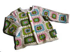 LiandLon Isoäidinneliötrikoo by Irinka itseteossa: Feikkivirkkausta tyttövauvalle
