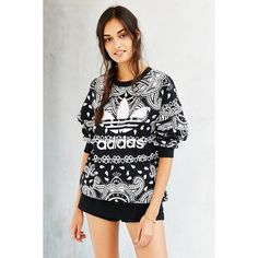 adidas Originals Paisley Sweatshirt ($65) ❤ liked on Polyvore featuring tops, hoodies, sweatshirts, loose fit tops, crew neck sweat shirt, loose white top, white tops and loose tops