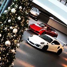 Holiday ornaments!!!  https://www.reggiepadin.com/events/holiday-ornaments/?utm_campaign=coschedule&utm_source=pinterest&utm_medium=Dr.%20Reggie%20R%20Padin&utm_content=Holiday%20ornaments%21%21%21 #GetOutOfDumpster