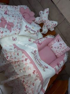 Baby Crib Sets, Baby Sheets, Baby Bedding Sets, Baby Pillows, Princess Crib Bedding, Baby Shower Fruit, Baby Dress Design, Baby Sewing Projects, Baby Swings