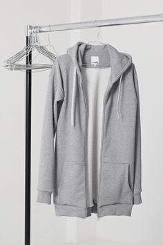 Sweatshirtjacke mmies.com Kiss, Sweaters, Fashion, Moda, La Mode, A Kiss, Pullover, Kiss Me, Sweater