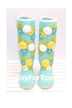 Crochet Shoes for the Street Light Blue Spring di JoyForToes