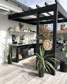 38 New Ideas Black Pergola Patio Outdoor Living Outdoor Rooms, Outdoor Gardens, Outdoor Living, Outdoor Decor, Outdoor Kitchens, Indoor Outdoor Kitchen, Rustic Outdoor, Outdoor Lounge, Backyard Patio Designs