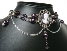 Victorian Choker designed by ~Mornie-Alfinus on Deviantart.
