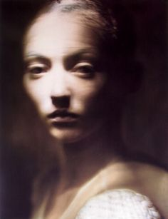 Entries feed for dukf Paolo Roversi, High Fashion Photography, Glamour Photography, Portrait Photography, Lifestyle Photography, Editorial Photography, Projector Photography, Light Painting Photography, Vogue Editorial