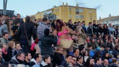 """Actuación de la murga """"Los Mercenarios"""" y la Chirigota del Selu de Cádiz"""