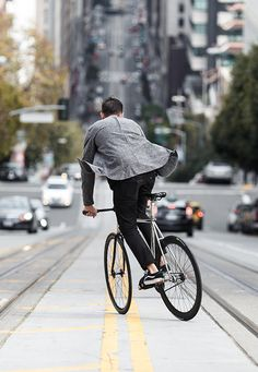 Made for movement. The Levi's Commuter collection features performance fabrics to keep you light and comfortable.