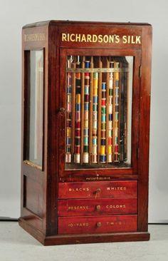 Richardson's Silk Display Case with Silk Threads. : Lot 312