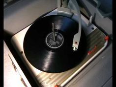 """JOHNNY O'KEEFE & The DEE JAYS - 'Real Wild Child' - 78rpm 1958 - the original """"Wild One"""""""