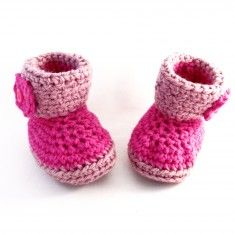 These cute little pink baby booties are full of warmth and love.They are crocheted by a loving hand, using Acrylic. Booties Crochet, Crochet Slippers, Baby Boy Booties, Sleep Sacks, Baby Socks, Baby Feet, Crochet For Kids, Crocs, Knitting Patterns